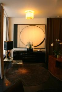 A television and/or entertainment center at Sablon-Aire Suite