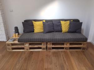A seating area at Tommy Loft