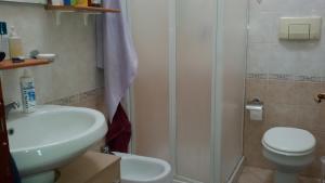 A bathroom at Casa Vacanze del Sole