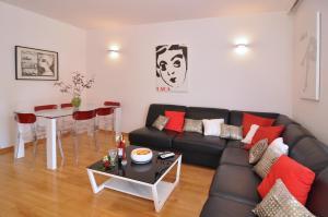 A seating area at Apartment Barbara