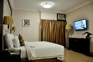 Chelsea Hotel Wuse II