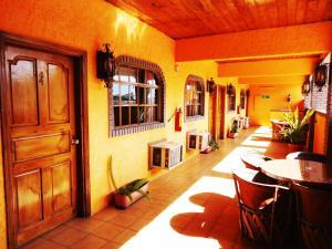 Hotel La Hacienda de la Langosta Roja
