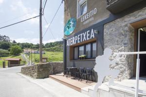 Lekeitio Aterpetxea Hostel Auto Check-in