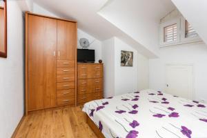 Apartment Larica Miha Pracata