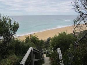 The Lakes Beachfront Holiday Retreat