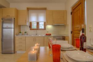 Η κουζίνα ή μικρή κουζίνα στο Gasparakis Bungalows & Villas