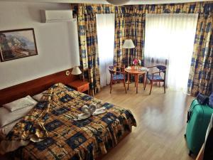 Vesta Apartments