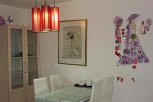 Meihua Shiji Apartment