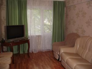 Apartments on Shaumyana 63