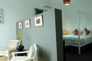 The Frangipani Villa Hotel II