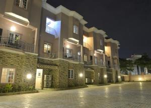 Sheer Luxury Apartments and Suites