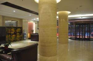 Labour Building Commercial Hotel