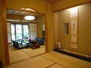 Kawakamiya Kasuitei