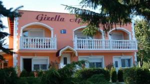 (Gizella Apartmanhaus)