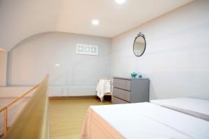 Chiatamone Lungomare Apartment