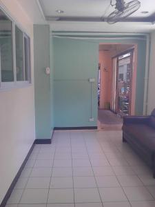 St. Maximillian Apartment Rentals
