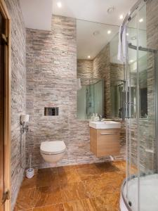 Dharma Downtown Luxury Apartment