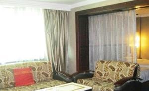 (Yinchuan Oasis Hotel)