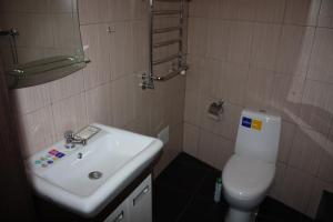 Ванна кімната в Делюкс на Вокзалі