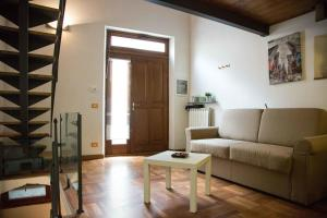 (San Frediano Apartment)