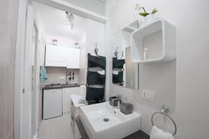 Costa Apartments