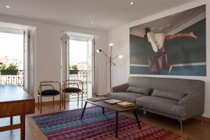 A seating area at Rossio - Chiado | Lisbon Cheese & Wine Apartments