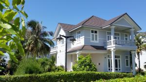 Villa R67