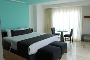 Rivoli Select Hotel