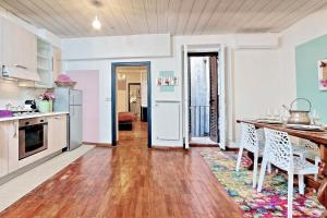Mariposa Apartment