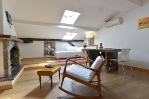 Colombina Halldis Apartment