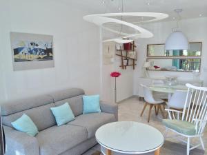 Uma área de estar em Residence Le Copacabana