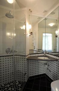 A bathroom at Appartamento Attico Capodimonte
