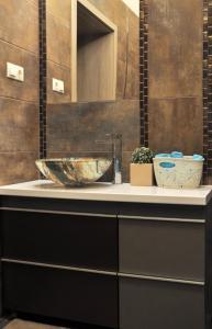 A bathroom at White Dream Home