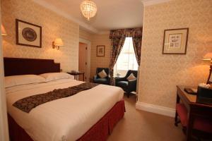 The Shelleys Hotel