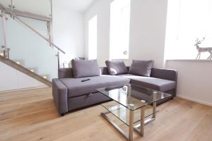 A seating area at Anna Maria Apartments