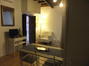 Cantoni Small Apartment