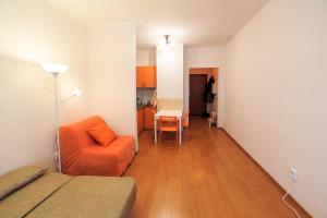 Apartment Latyshskikh strelkov