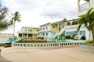 Sahara dela Mer Inn