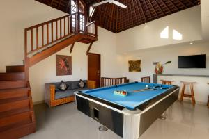A billiards table at Echo Beach Townhouses