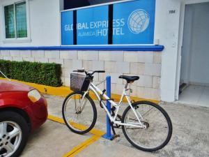 Global Express Alameda