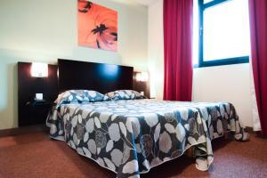 residhotel lyon lamartine tassin la demi lune tarifs 2019. Black Bedroom Furniture Sets. Home Design Ideas