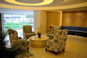 CondoDeal at Shell Residence