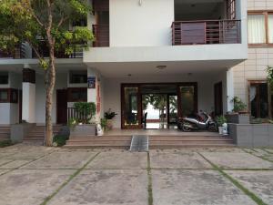 Hoang Lam Resort