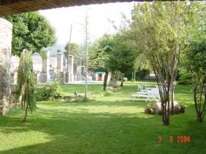 Jardín al aire libre en Castell de Riudabella
