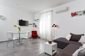 (Apartments Kala & Kaleta)