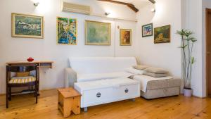 Apartment Mediterranean Home