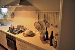 Cucina o angolo cottura di Casa Verde Conero