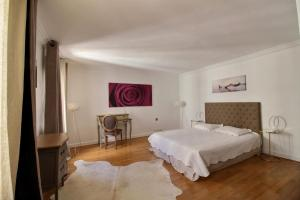 Apartment near Champs Elysées - 3 adults