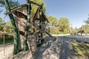Детская игровая зона в Village Pierre & Vacances - Pont Royal en Provence