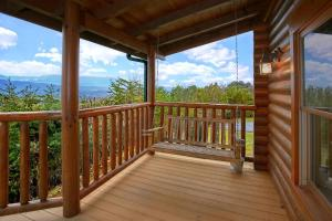 A balcony or terrace at Heavenly Heights Holiday home